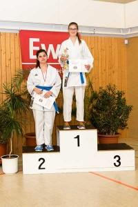Offene Karate-Landesmeisterschaft in Thüringen - 1. Talina Titz und 2. Lara Coraman (Foto: Sakura)