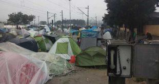 Illegale Einwanderer belagern Schienenwege in Idomeni (Griechenland) - (Foto: Gunter Seyffarth)