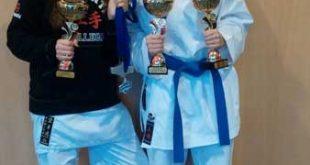 Die erfolgreichen Mädels des Sakura links Lara Corman, rechts Hannah Schwarze (Foto: Sakura Meuselwitz)