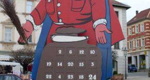 Weihnachtsmannkalender in Schmölln (Foto: Stadtverwaltung Schmölln)