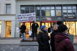Auch das Bürgerforum zeigt Gesicht für Demokratie in Altenburg (Foto: Xlars Freydenker)
