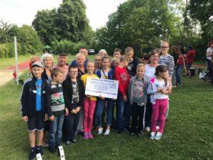 2.500 Euro für Ferien -  Rotary Club unterstützt sei Jahren Projekt (Foto: GML Kommunikationsberatung)