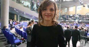 SPD-Bundestagsabgeordneter Elisabeth Kaiser direkt im Plenarsaal (Foto: privat)