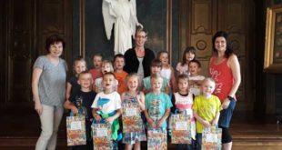 """Die Jungen und Mädchen der Kita """"Pusteblume"""" gingen im Museum auf Entdeckungsreise. (Foto: Christian Landrock)"""