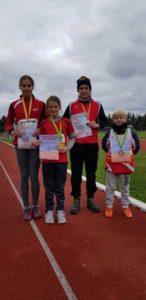 v.l. Lilly Teichert, Laura Teichert, Lennx Heilmann und Kenny Semisch (Foto: Jan Heilmann)