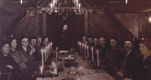 Otto Pech und Mitglieder in der Altenburger Kunst-Hütte / Schloss- und Kulturbetrieb Altenburg