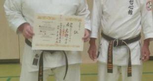 Jörg Rosenberger bestand seine Prüfung des 1 Dan in Ennepetal, in Nordrhein-Westfalen ein Trainingslager mit Kaichô Tamayose. (Foto: Sakura)