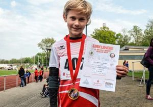 Lenny Winkler - Sieger im Hochsprung (Foto:  Andreas Prautsch)
