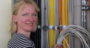 Der direkte Draht ins Jobcenter – Heike Praetz wirbt für das Onlineportal www.JOBCENTER.digital (Foto: Agentur)