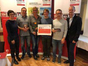 Preisübergabe (LSB Thüringen): v.l. Kerstin König, Thorsten Richter, Andreas Prautsch, Florian Voos und Thomas Zirkel (Foto: Verein)