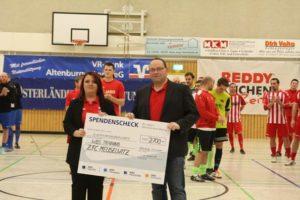 WBS TRAINING AG spendet 2.700 Euro für Kinder und Jugendliche des ZFC Meuselwitz (Foto: ZFC Meuselwitz)