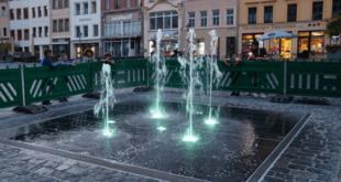 Wasserspiel auf dem Altenburger Marktplatz. (Fotos: Marcel Schmidt)