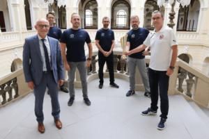 v.l. Uwe Melzer, Holger Bessel, Sven Löser, Ronny Fritzsche, Karsten Siegel und Torsten Rist (Foto: Landratsamt Altenburg)